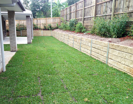 Timber Fencing Wishart, Colorbond Fencing Brisbane, Timber Retaining Walls Ripley